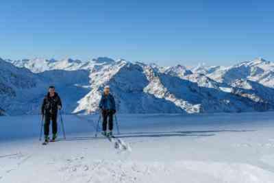 Skitourengeher am Gletscher