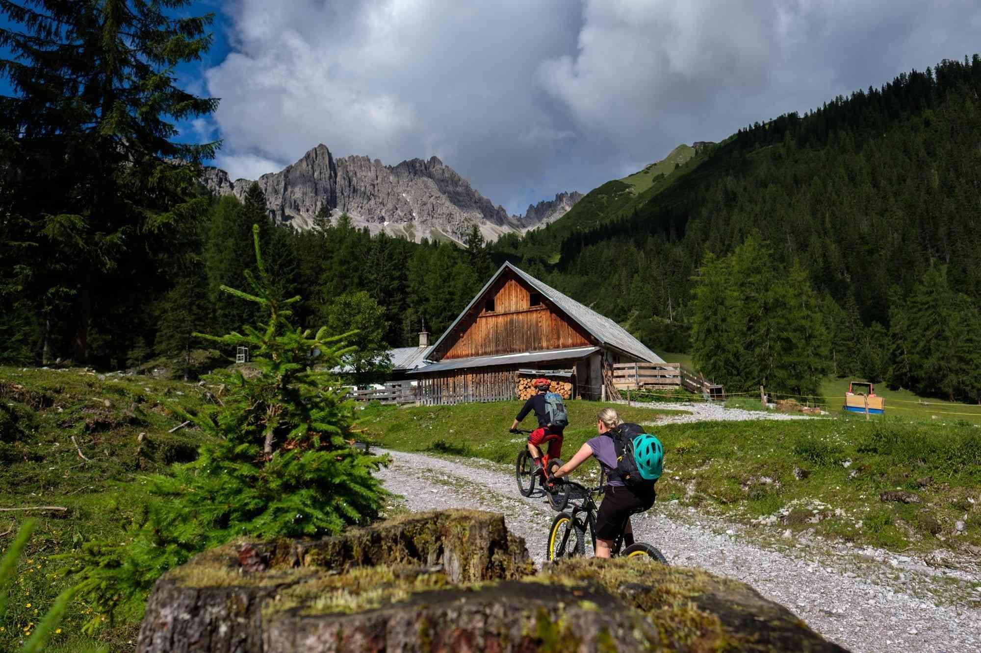 Fahrt durchs Karwendel